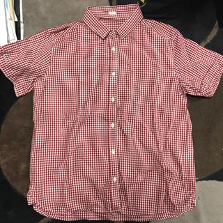 ジーユー(GU)のギンガムチェックシャツ 赤(シャツ/ブラウス(半袖/袖なし))
