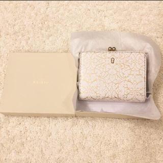 the best attitude c9832 5227f 美品♡ノジェス ホワイトレザーの可愛い折りたたみ財布