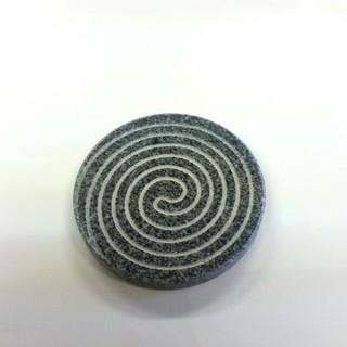 うずまき模様コースター(テーブル用品)