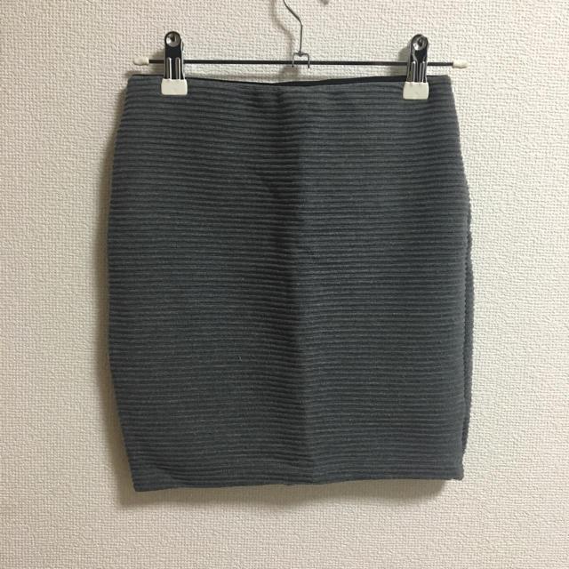 H&M(エイチアンドエム)の♡H&Mグレータイトスカート♡ レディースのスカート(ミニスカート)の商品写真