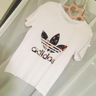 アディダス(adidas)のadidas☆Tシャツ(Tシャツ/カットソー(半袖/袖なし))