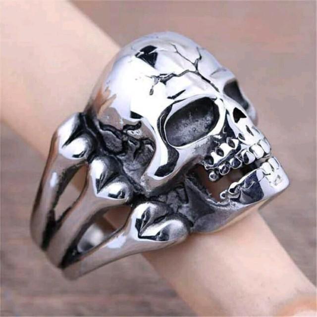 ⭐存在感ある⤴⤴シルバースケルトンリング⭐ メンズのアクセサリー(リング(指輪))の商品写真