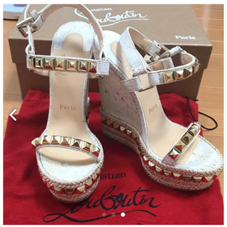 クリスチャンルブタン(Christian Louboutin)の靴 クリスチャンルブタン(ハイヒール/パンプス)