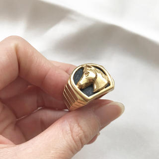 gablein2415さま専用■中古美品K18オニキス馬の彫刻リング22号指輪★(リング(指輪))