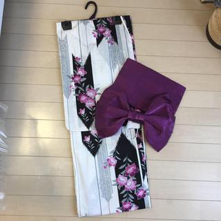 シマムラ(しまむら)の難あり格安!ホワイト×紫パープル浴衣&作り帯(浴衣)