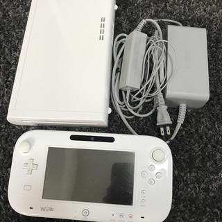 ニンテンドウ(任天堂)の【送料無料】WiiUゲーム機本体 ゲームパッド付き(家庭用ゲーム本体)