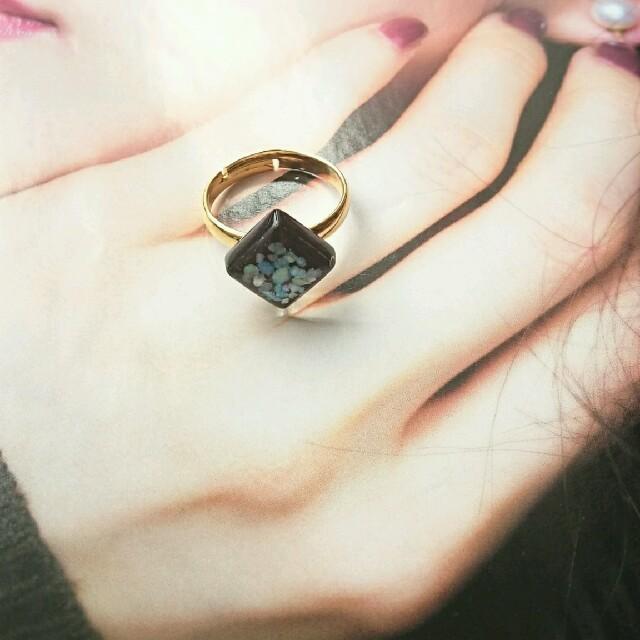 【698】黒タイル♡シェルリング❁︎KBF IENA ungrid好きな方に ハンドメイドのアクセサリー(リング)の商品写真
