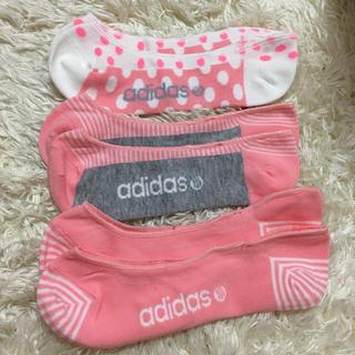 アディダス(adidas)の新品adidasレディースソックス 3足セット ドットライナーソックス(ソックス)