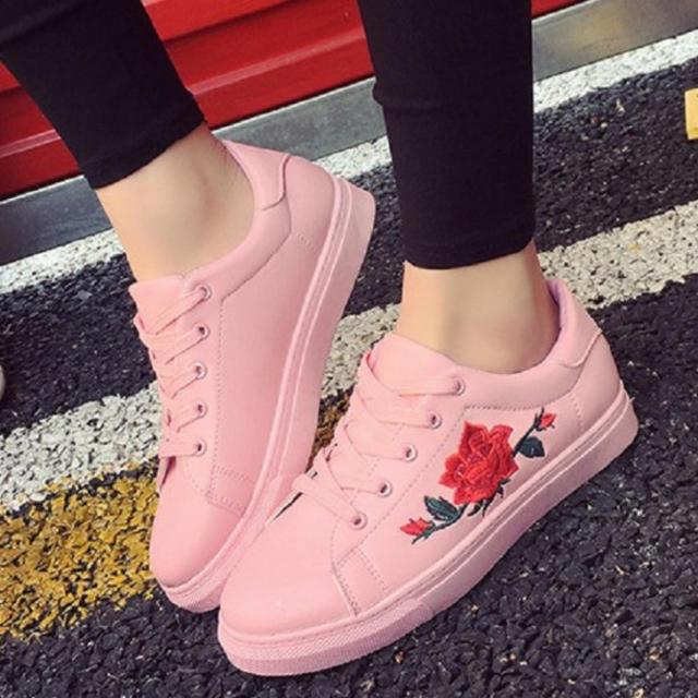 レディース スニーカー 厚底 花柄 かわいい 刺繍 ピンク レディースの靴/シューズ(スニーカー)の商品写真