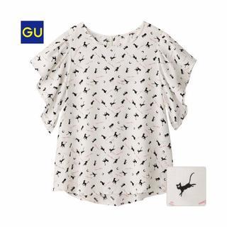 ジーユー(GU)の人気商品 新品未開封 Sサイズ GU セーラームーン ブラウス ルナ柄(シャツ/ブラウス(半袖/袖なし))