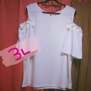 新品タグ付❤今季*3L*着画アリ❤フリル袖のふんわり肩出しトップス(カットソー(半袖/袖なし))