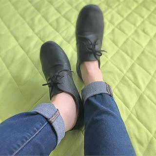 ムジルシリョウヒン(MUJI (無印良品))の黒のシューズ(ローファー/革靴)