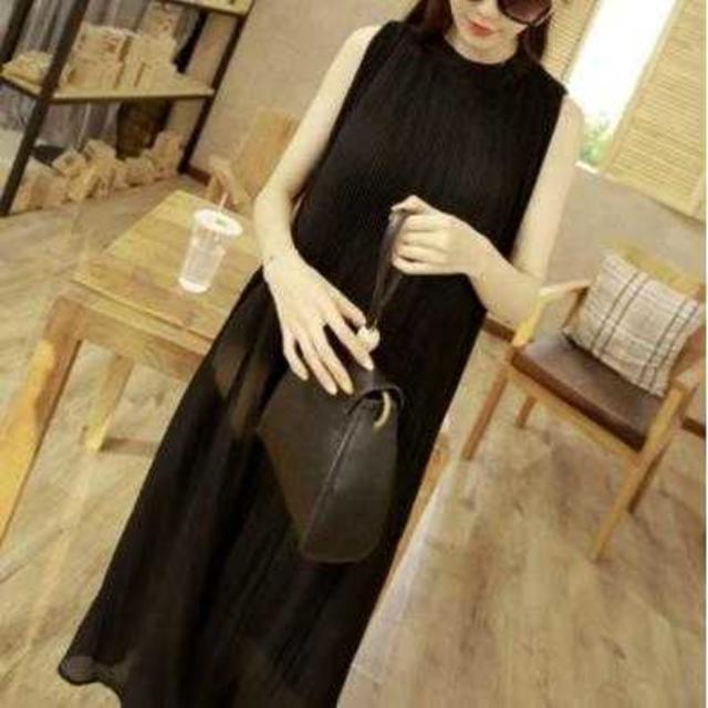 セール中! ノースリーブ プリーツ シフォン ドレス ワンピース ブラック   レディースのワンピース(ロングワンピース/マキシワンピース)の商品写真
