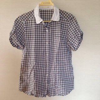ジーユー(GU)のg.u.ギンガムチェック♡シャツMサイズ(シャツ/ブラウス(半袖/袖なし))