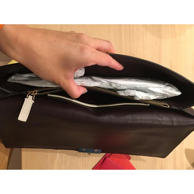 valentino garavani(ヴァレンティノガラヴァーニ)のmaaa様専用 ヴァレンティノ♡valentino♡クラッチ♡スタッズ レディースのバッグ(クラッチバッグ)の商品写真