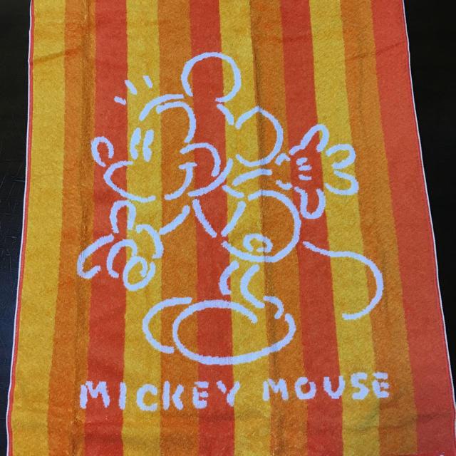 ディズニー mickeymouth  バスタオル エンタメ/ホビーのアニメグッズ(タオル)の商品写真
