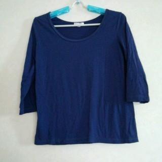 ハニーズ(HONEYS)の★紺色のTシャツ  人気商品!!(Tシャツ(長袖/七分))
