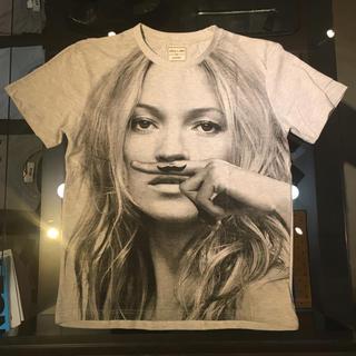 イレブンパリ(ELEVEN PARIS)のELEVEN PARIS イレブンパリ 新品 ケイトモスTシャツ XS グレー(Tシャツ/カットソー(半袖/袖なし))