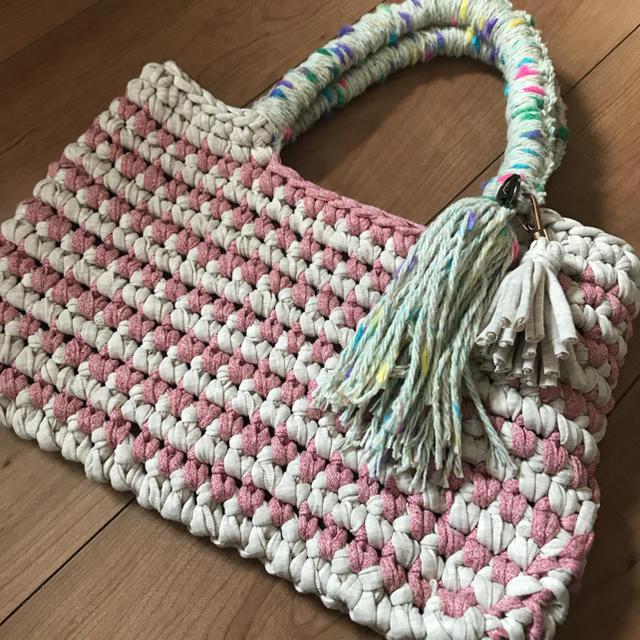 ボーダー手さげバッグ ピンク×ベージュ ハンドメイド tシャツ ズパゲッティ ハンドメイドのファッション小物(バッグ)の商品写真
