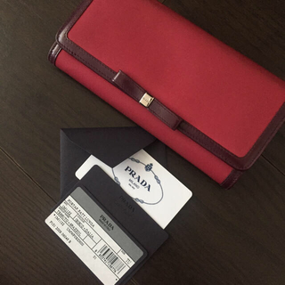 プラダ(PRADA)の【鑑定済】プラダ 美品♡長財布(財布)