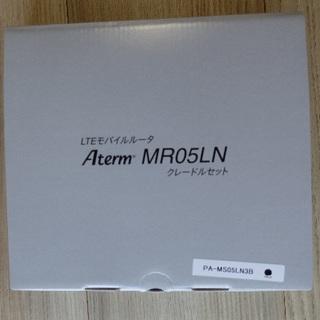 エヌイーシー(NEC)のNEC Aterm MR05LN  3B 黒 モバイルルータークレードル付属(PC周辺機器)