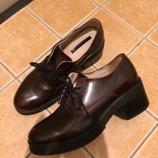 ザラ(ZARA)のZARA シューズ ブラウン(ローファー/革靴)