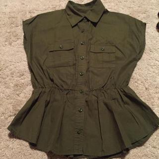 スライ(SLY)のSLY ペプラムシャツ(シャツ/ブラウス(半袖/袖なし))