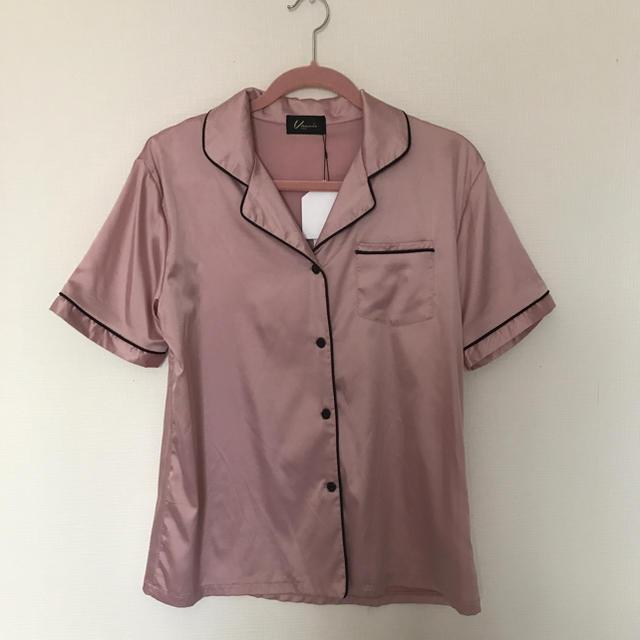 Honey mi Honey(ハニーミーハニー)の新品未使用vannie tokyoサテンパジャマシャツ レディースのトップス(Tシャツ(半袖/袖なし))の商品写真