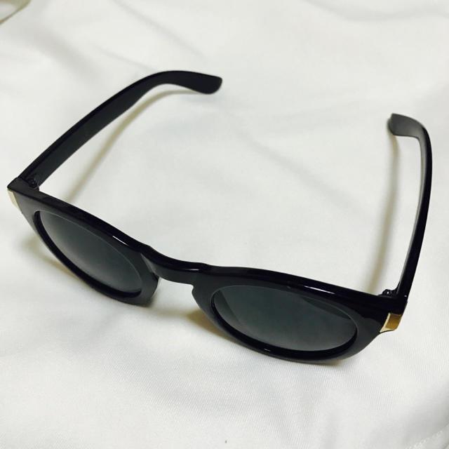 黒 * サングラス レディースのファッション小物(サングラス/メガネ)の商品写真