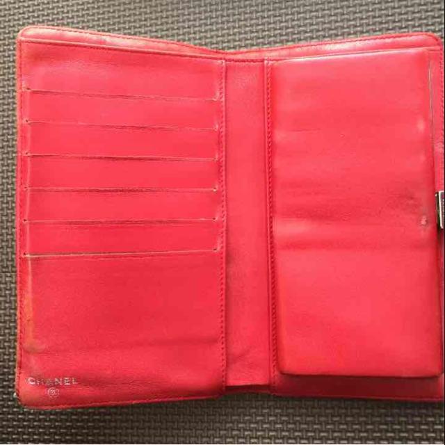CHANEL(シャネル)の新春大売り出し!CHANEL♡長財布♡アイコン型押し レディースのファッション小物(財布)の商品写真