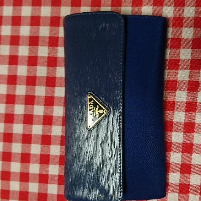 PRADA(プラダ)のプラダの財布のショルダー箱付 レディースのファッション小物(財布)の商品写真