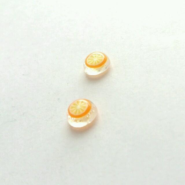 オレンジのピアス【032】 ハンドメイドのアクセサリー(ピアス)の商品写真