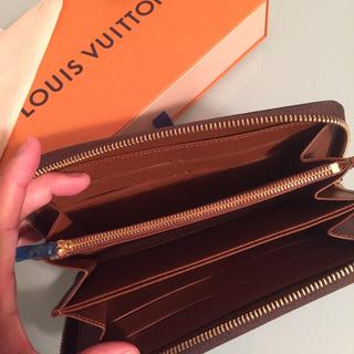 LOUIS VUITTON(ルイヴィトン)の新品未使用❗️2017年製✨ルイヴィトン正規品 ジッピーウォレット モノグラム レディースのファッション小物(財布)の商品写真
