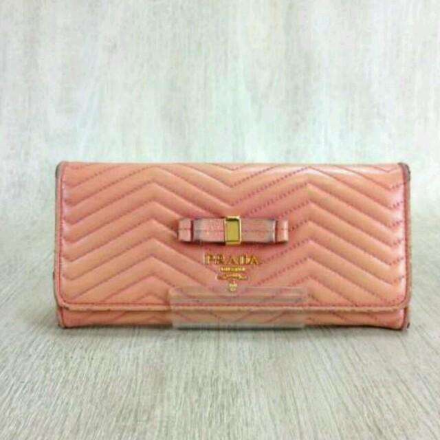 PRADA(プラダ)のプラダ❤財布ウォレット❤ピンク レディースのファッション小物(財布)の商品写真