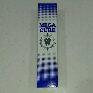 メガキュア MEGACURE(歯磨き粉)