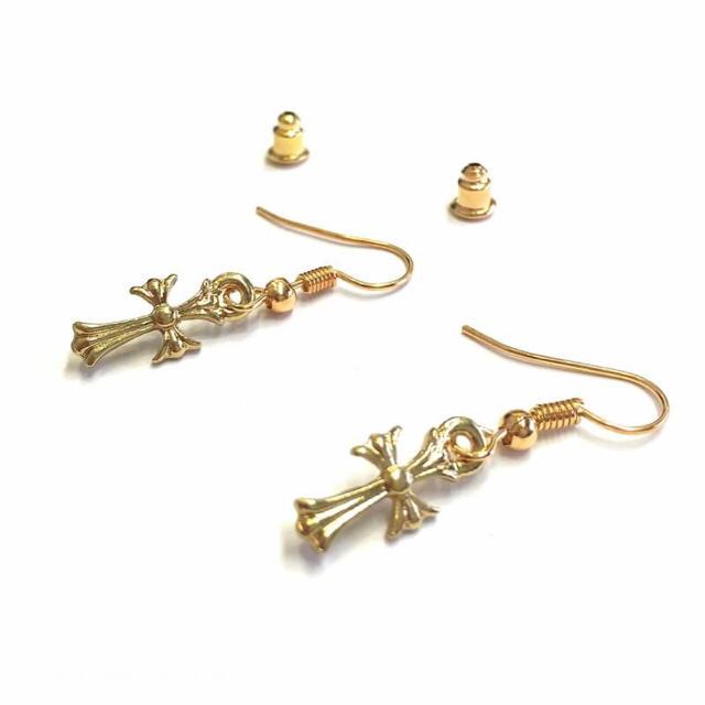 クロスフープピアスゴールド片耳 メンズのアクセサリー(ピアス(片耳用))の商品写真
