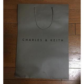 チャールズアンドキース(Charles and Keith)のショッパー(大)(ショップ袋)