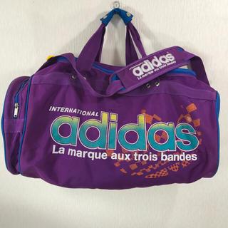 アディダス(adidas)のアディダス トレフォイルロゴ ボストンバッグ 大型 ドラム 紫 パープル 中古 (ボストンバッグ)