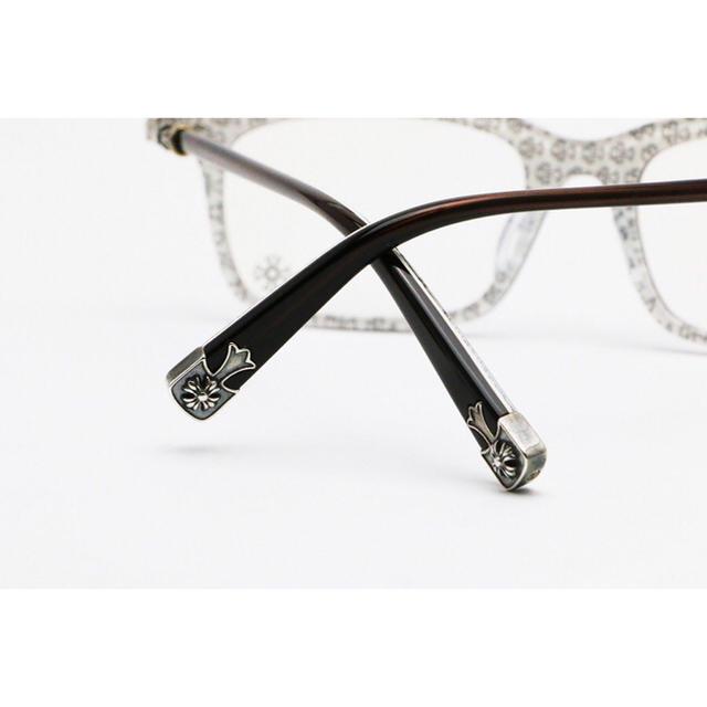 Chrome Hearts(クロムハーツ)の新品クロムハーツ FUN HATCH-A アイウェア/ダークブラウン/ホワイト メンズのファッション小物(サングラス/メガネ)の商品写真