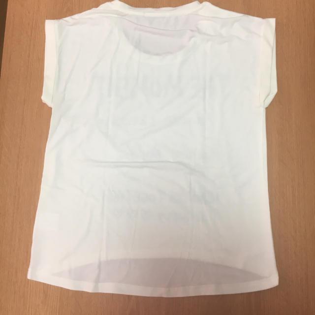 INGNI(イング)の即購入可能!INGNI Tシャツ 白 ロゴ レディースのトップス(Tシャツ(半袖/袖なし))の商品写真