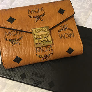 エムシーエム(MCM)のMCM 二つ折 財布(財布)