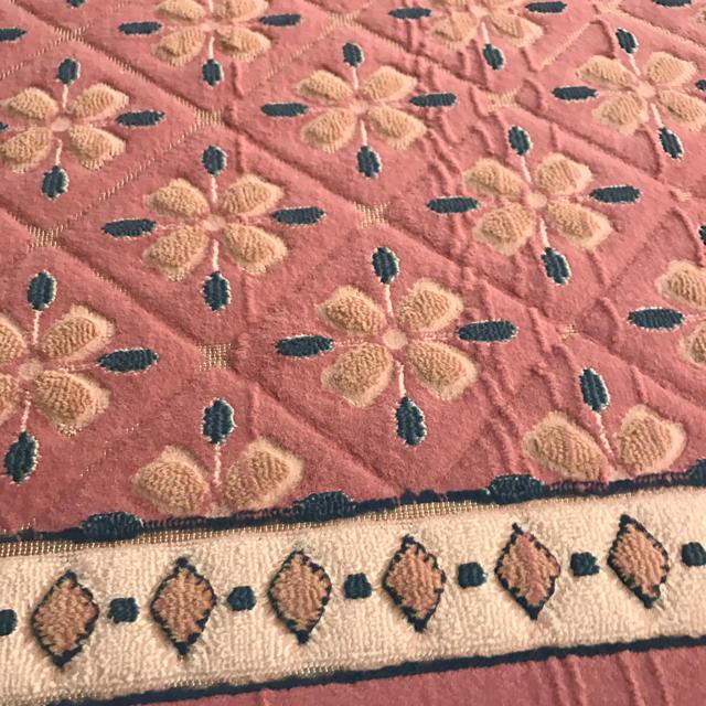 H.P.FRANCE(アッシュペーフランス)のアッシュペーフランスカーペット キッズ/ベビー/マタニティの寝具/家具(フロアマット)の商品写真