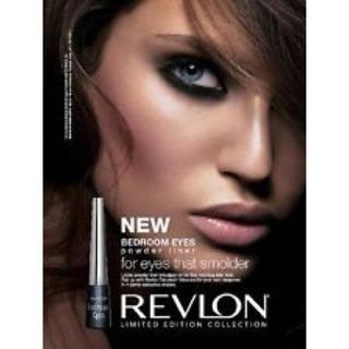 レブロン(REVLON)のREVLON✨廃盤!落ちない滲まない!パウダーアイライナー✨猫目✨(アイライナー)