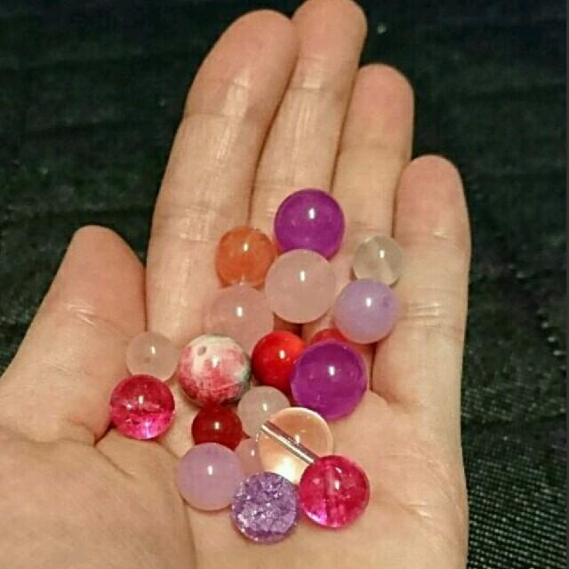 天然石 ピンク 赤系 詰め合わせ まとめ売り ハンドメイドの素材/材料(各種パーツ)の商品写真