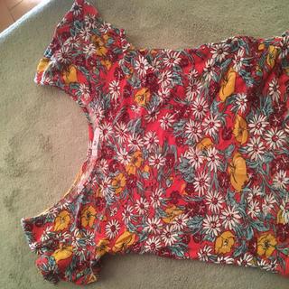 スライ(SLY)のスライ 花柄Tシャツ(Tシャツ(半袖/袖なし))