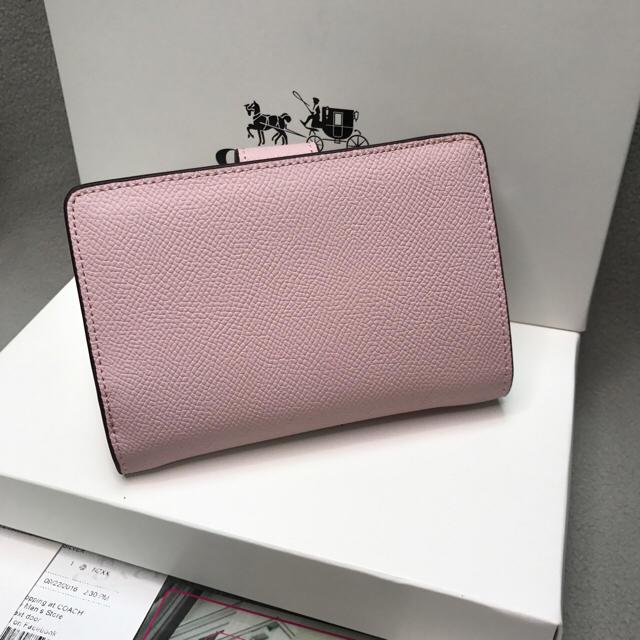 timeless design a7ae5 aaaf8 ★新品★COACH可愛い二つ折り財布ピンク正規品