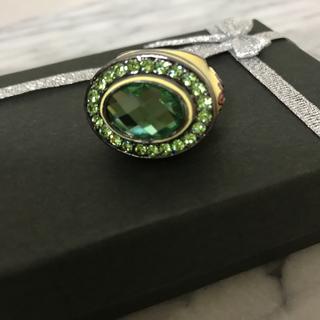 グリーン色石リング❣️お値下げ済❣️(リング(指輪))