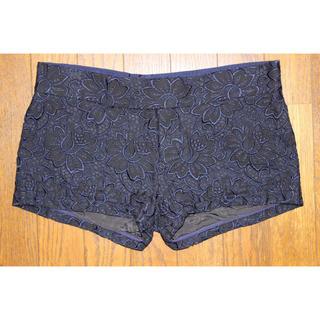 サカイラック(sacai luck)のsacai luck ショートパンツ ネイビー 紺 M 花柄 刺繍(ショートパンツ)