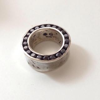 イーエムノアール(e.m. noir)のe.m.♡両面埋め込みジルコニアリング(リング(指輪))