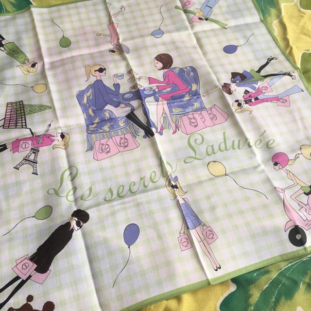 LADUREE(ラデュレ)のLADUREE ラデュレ 大判ハンカチ グリーンチェック レディースのファッション小物(ハンカチ)の商品写真